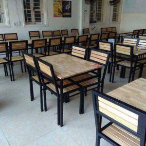 bàn ăn nhà hàng 4 ghế